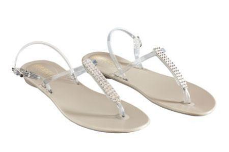 VIALACTEA: con una giornata così, sandali gioiello e borsa in pvc…