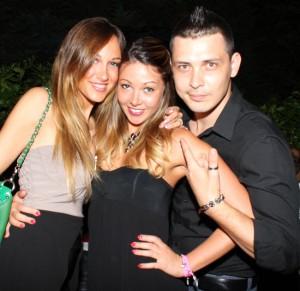Francesca con Stefy Cattaneo ed un amico, foto stampa