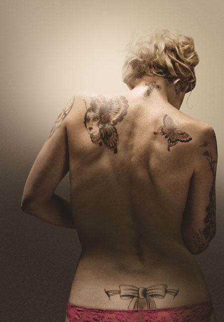 La protagonista di spalle, foto stampa