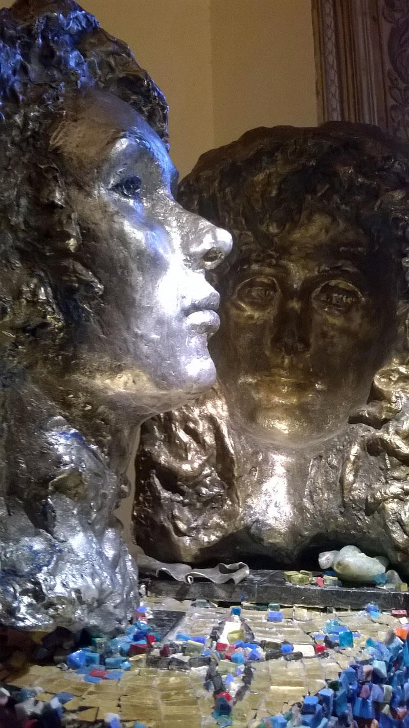 Patrizia Borrelli espone le nove vite a Roma
