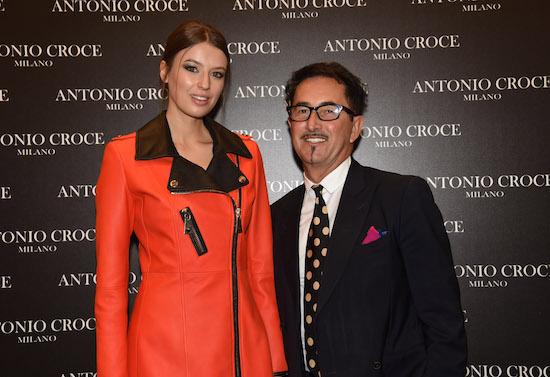 Piero Addis con modella, foto stampa
