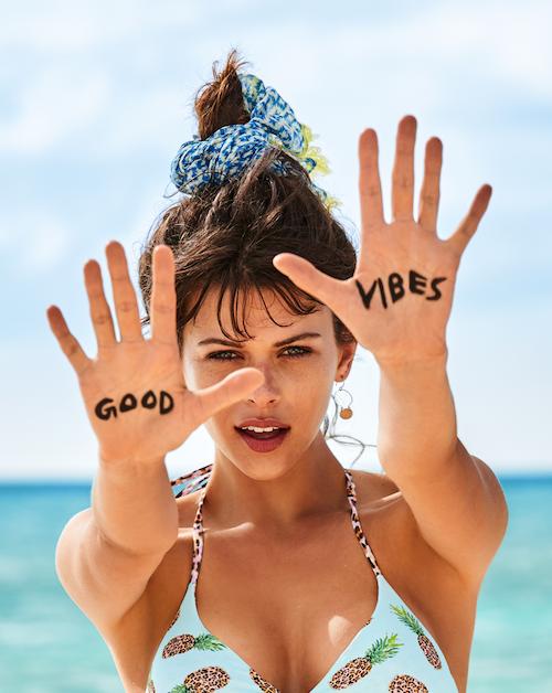 Calzedonia e Tezenis celebrano il 70° compleanno del Bikini