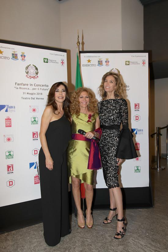 Sulla destra Laura Morino Teso, foto stampa