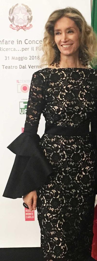 LAURA MORINO TESO indossa ERICA IODICE MILANO