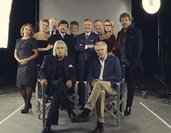 Il cast al completo con Vanzina e Risi, foto stampa