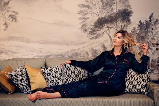Erika Morgera  indossa il pigiama della collezione#MYPIGIAMAPARTY, foto di Antonio Carneroli