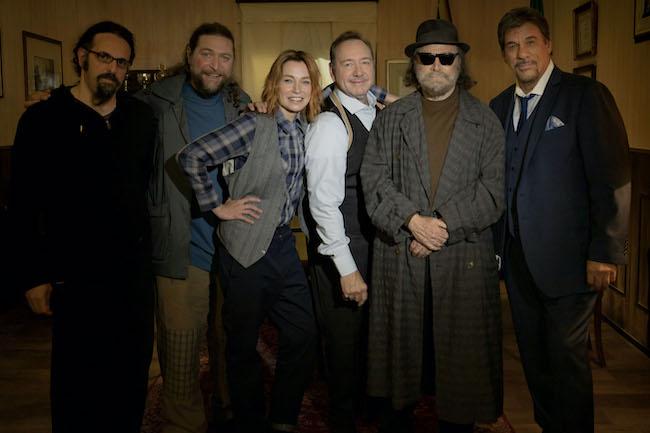 Il cast con Kevin Spacey, foto stampa