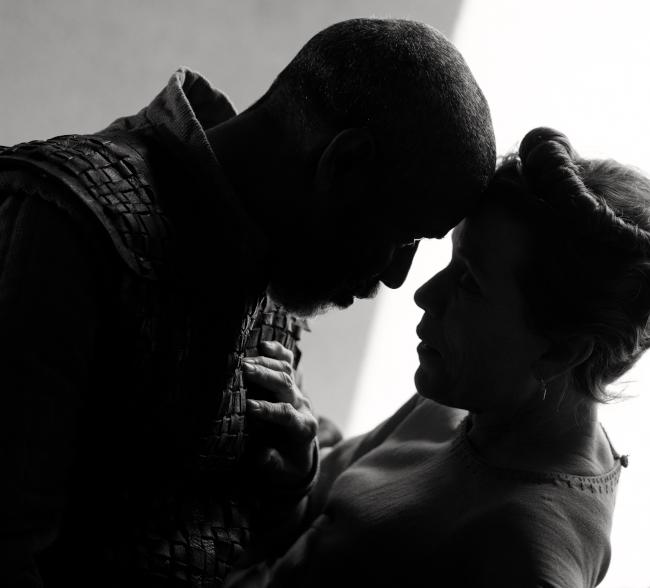 """prima immagine di Denzel Washington e Frances McDormand in """"The Tragedy of Macbeth"""""""